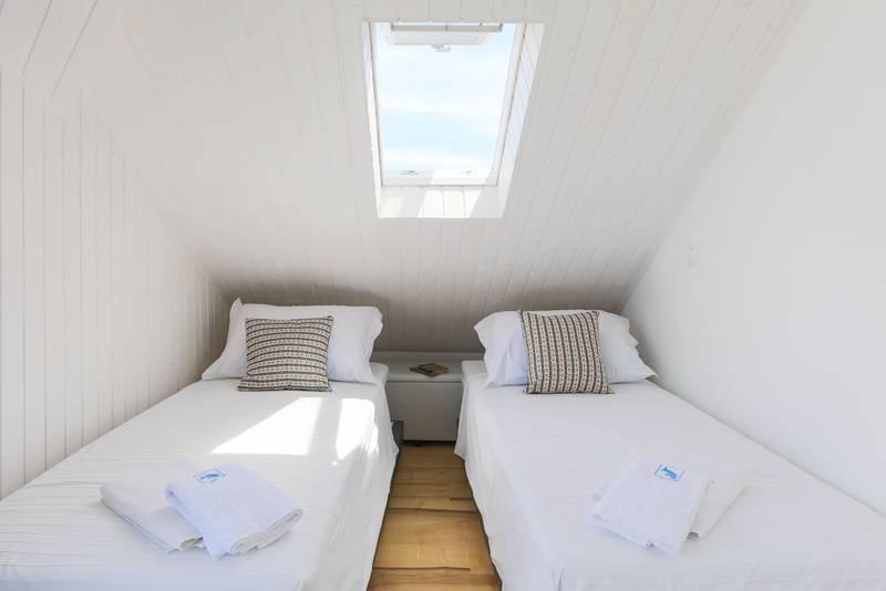 Sleeping area2_lightbox